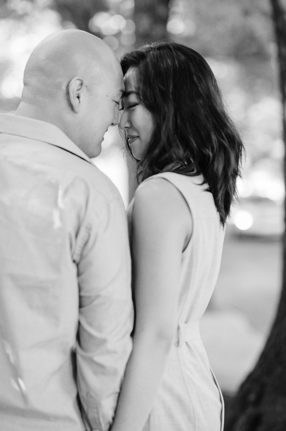 engagement_downtown_fredericksburg_virginiaweddingphotographer_youseephotography_HelenPaul (7).jpg