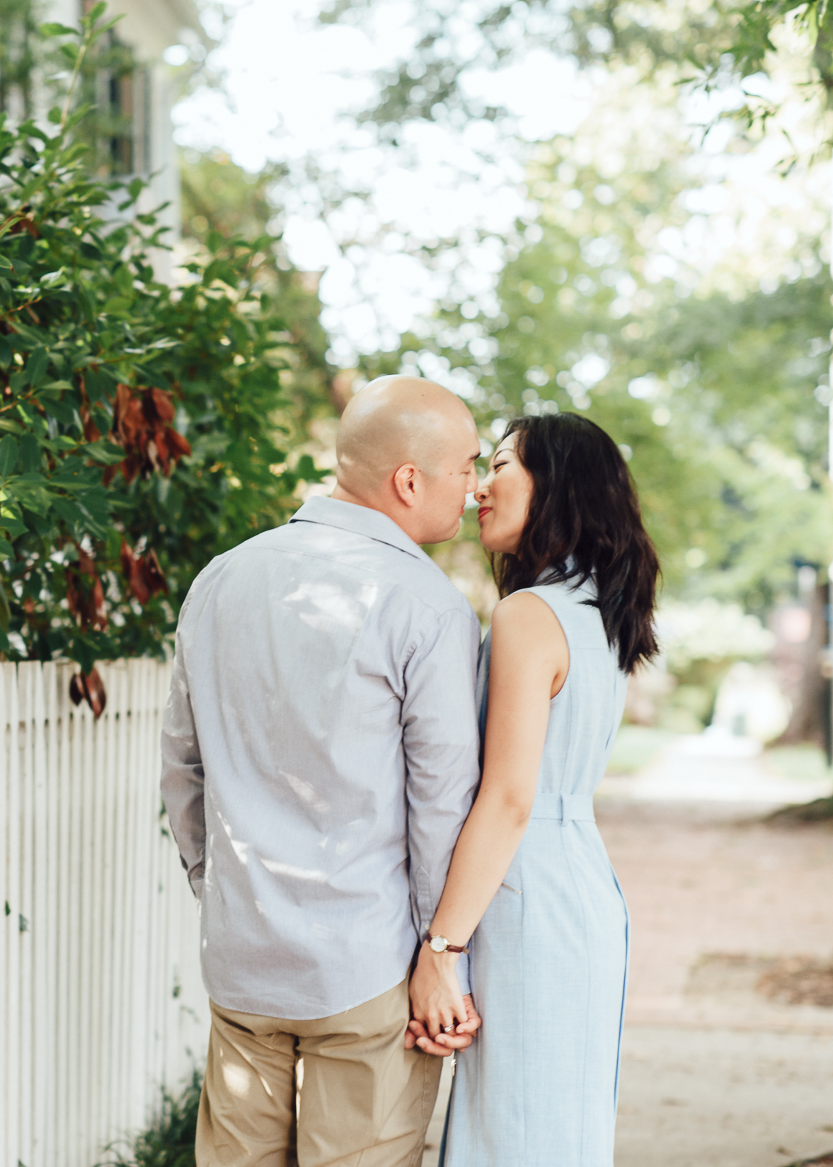engagement_downtown_fredericksburg_virginiaweddingphotographer_youseephotography_HelenPaul (6).jpg