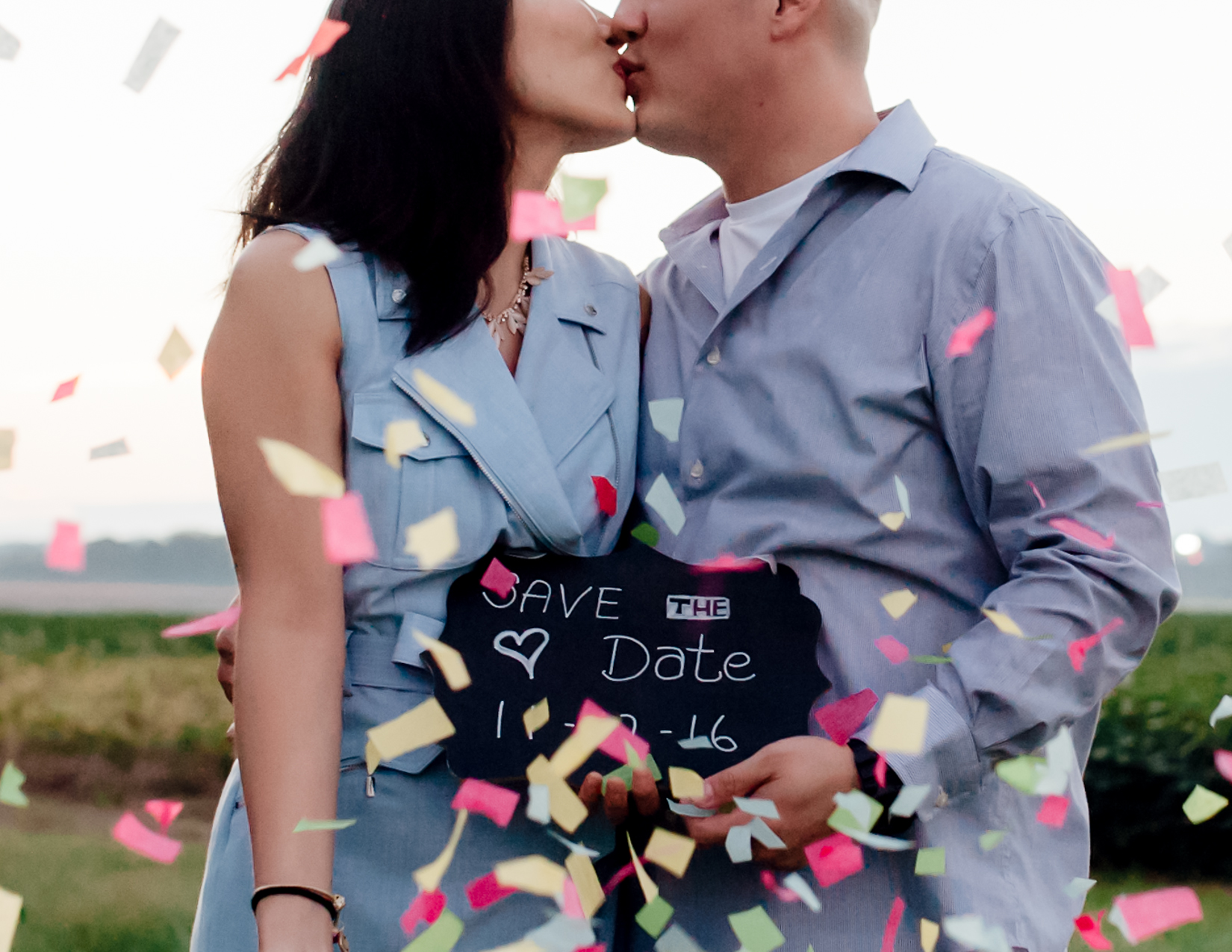 engagement_downtown_fredericksburg_virginiaweddingphotographer_youseephotography_HelenPaul (27).jpg