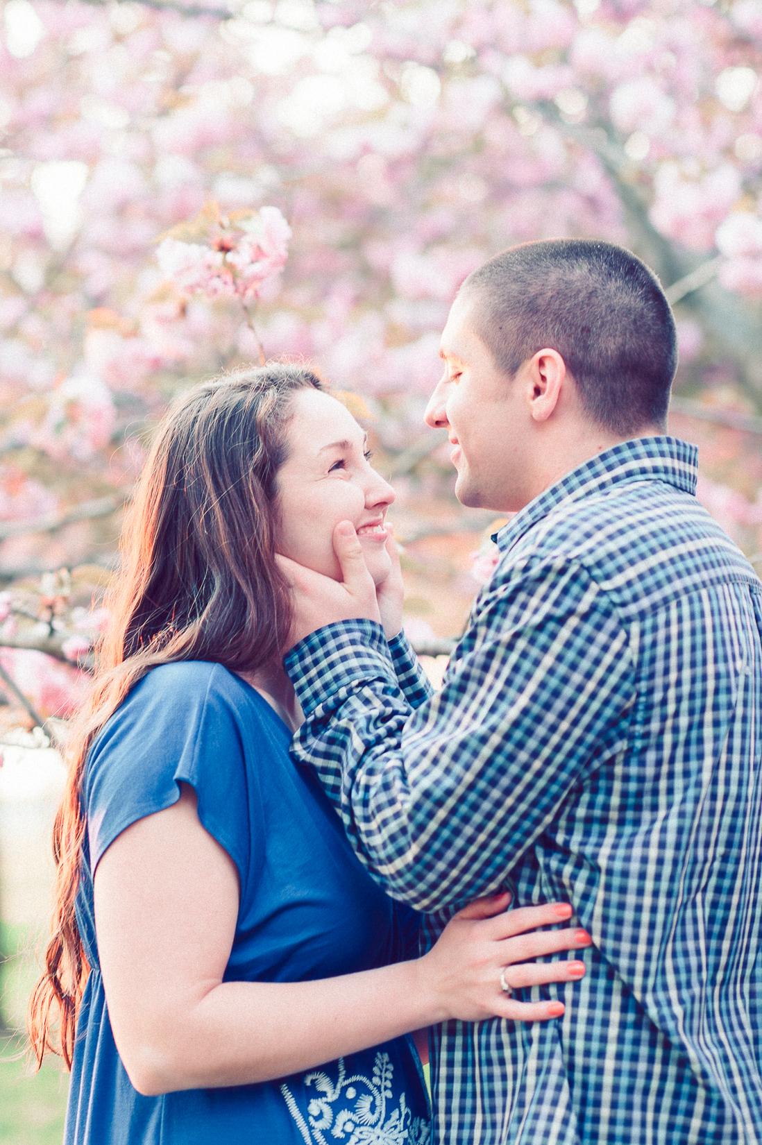 engagement_cherryblossoms_virginiaweddingphotographer_JanieHunter (16).jpg