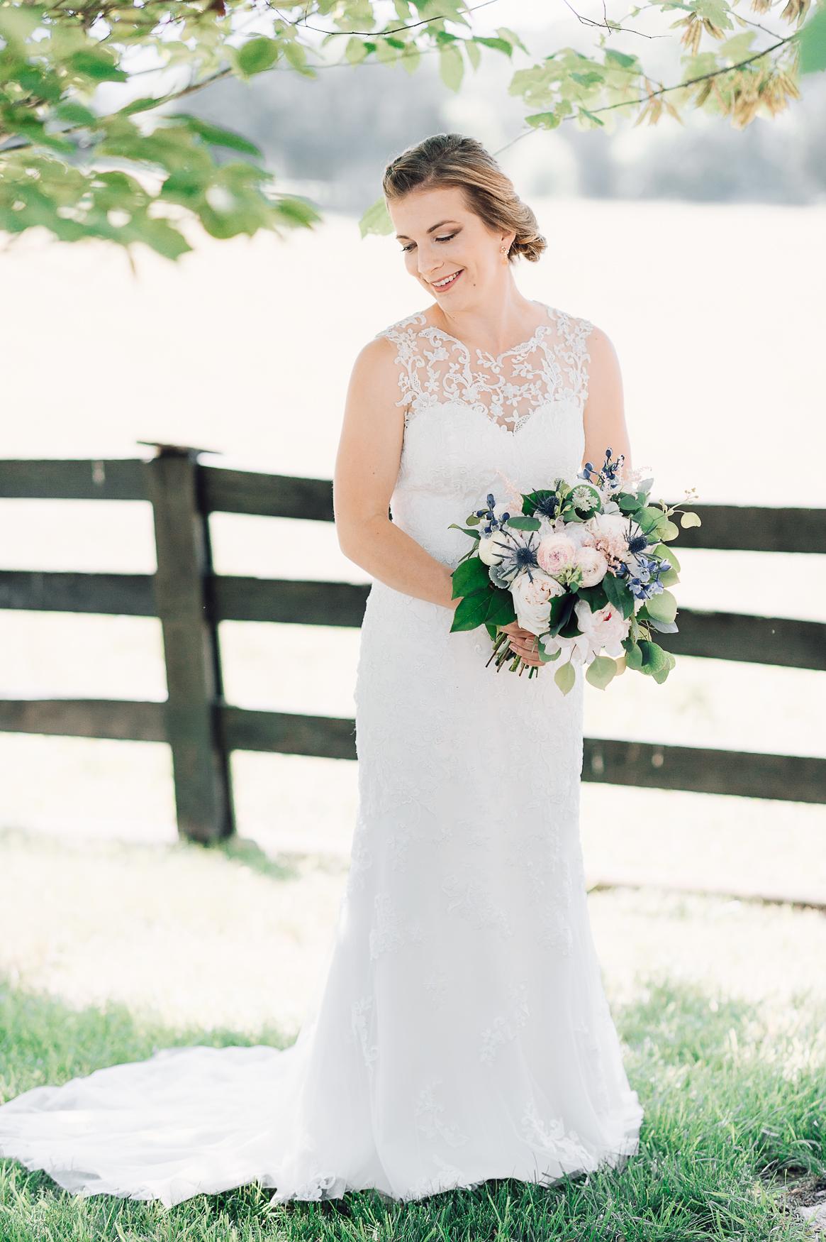 charlottesvillewedding_backyardwedding_virginia_youseephotography_CaitlinDerek (2).jpg