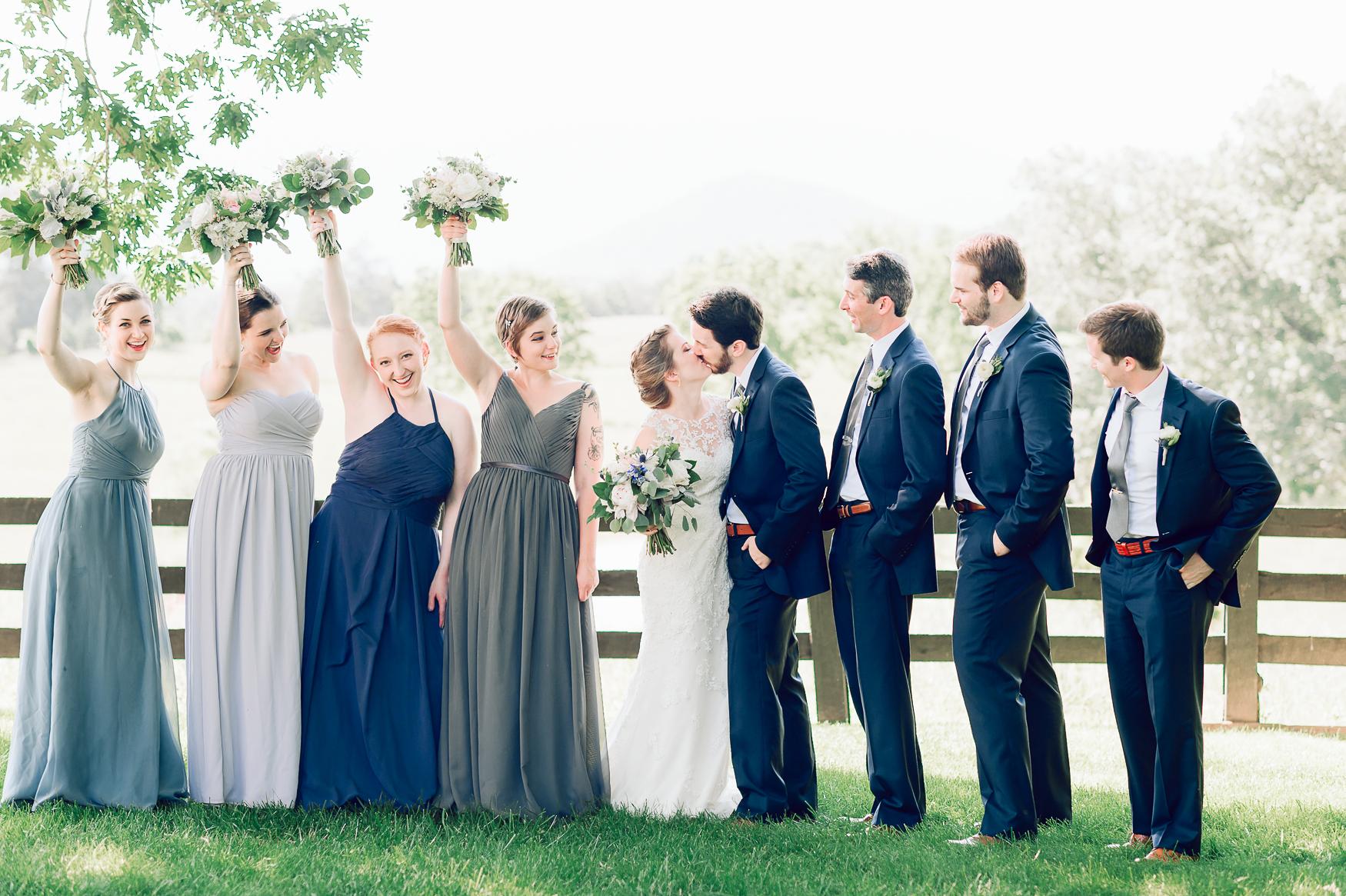 charlottesvillewedding_backyardwedding_virginia_youseephotography_CaitlinDerek (22).jpg