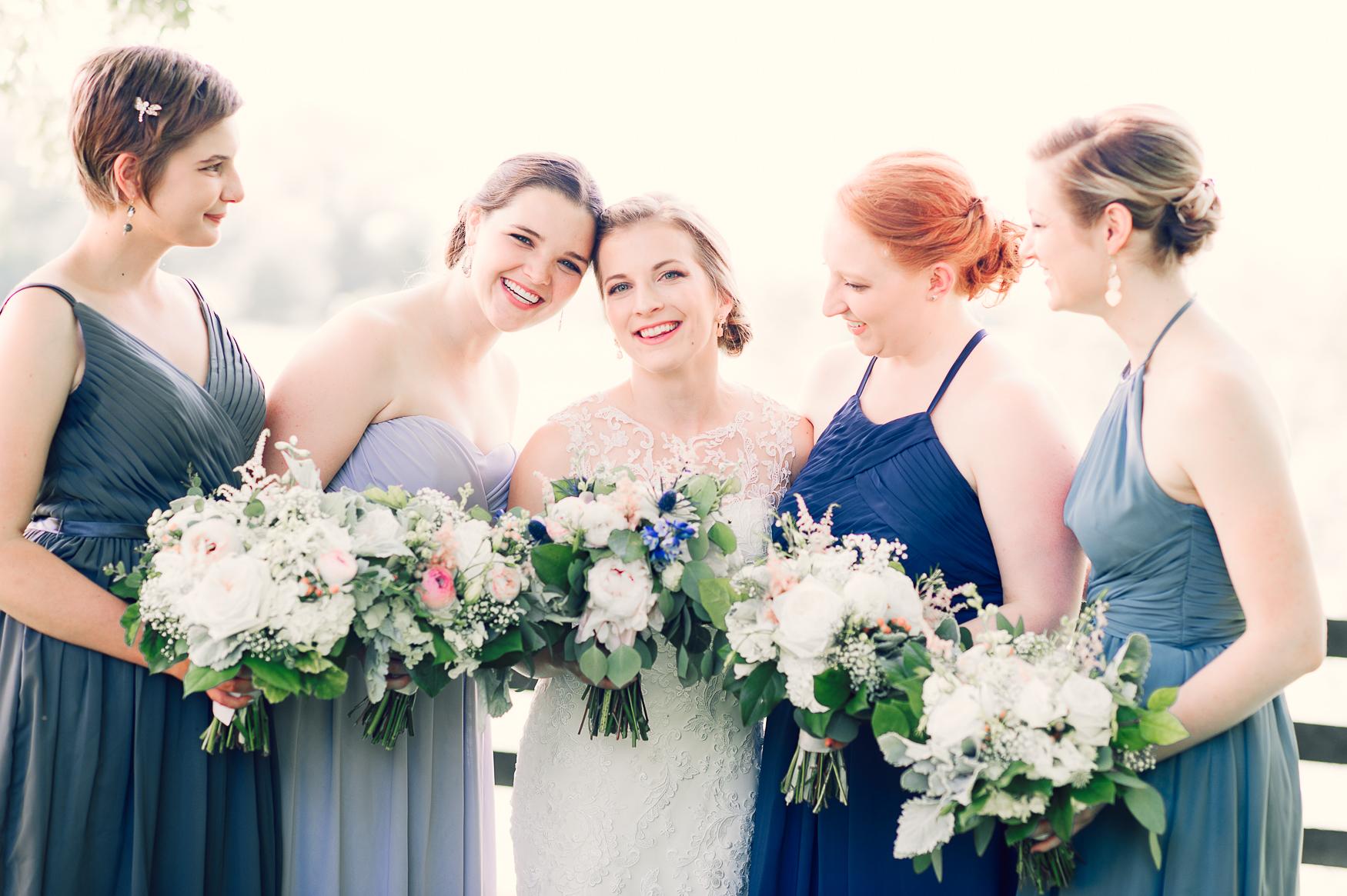 charlottesvillewedding_backyardwedding_virginia_youseephotography_CaitlinDerek (25).jpg