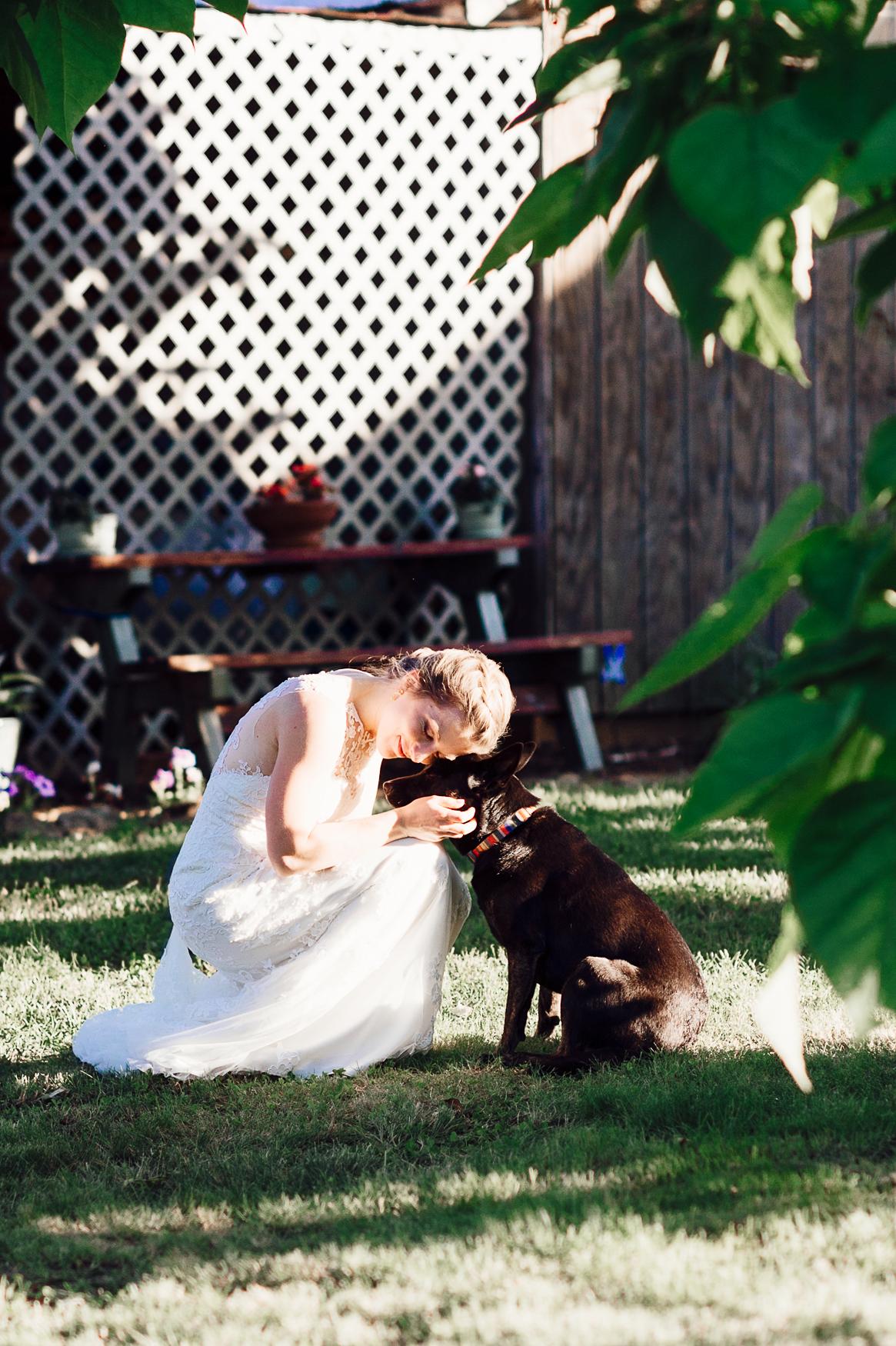 charlottesvillewedding_backyardwedding_virginia_youseephotography_CaitlinDerek (63).jpg