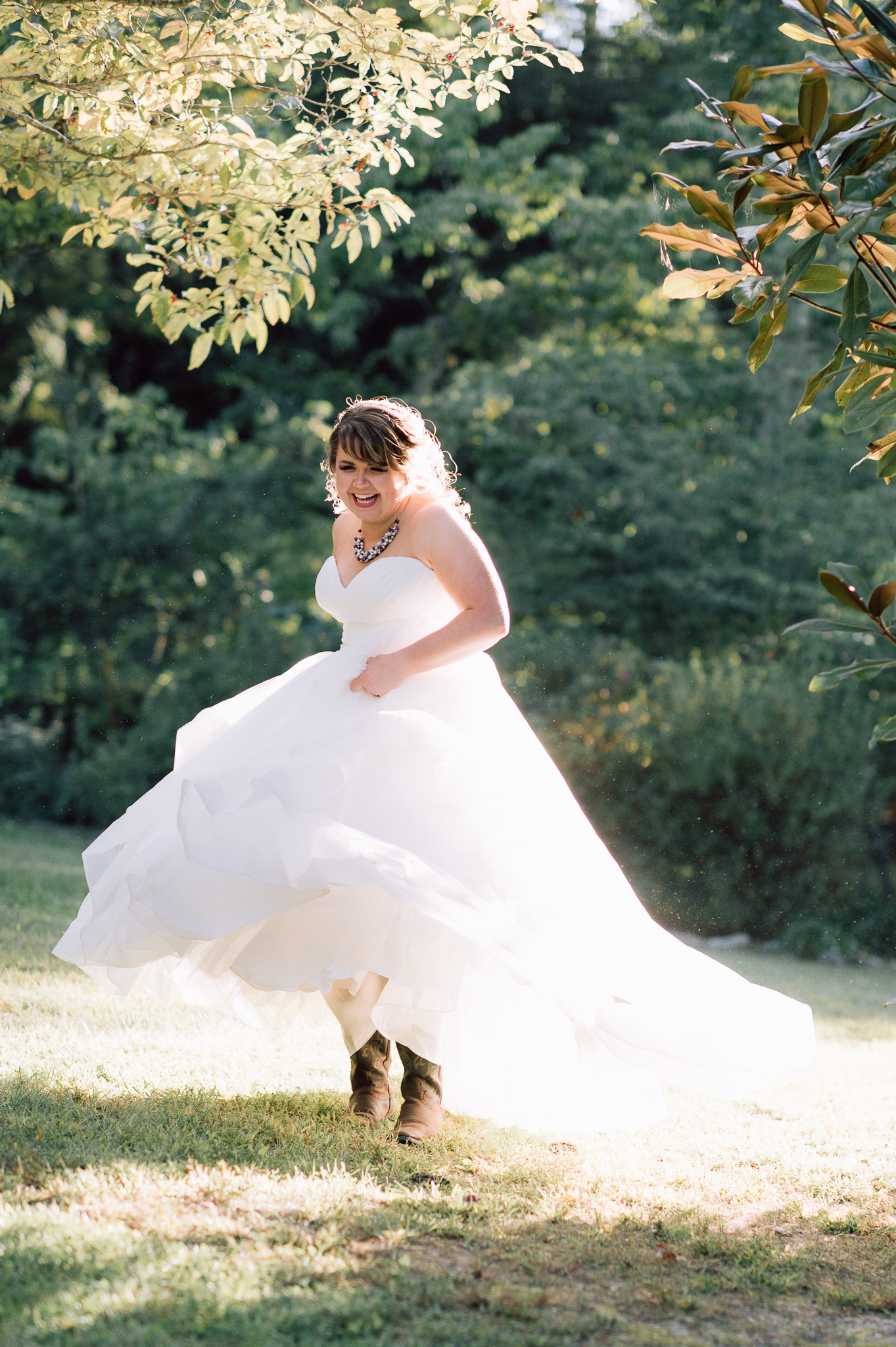 youseephotography_virginiawedding_fall_WallaceManor_EmilyCody (71).jpg