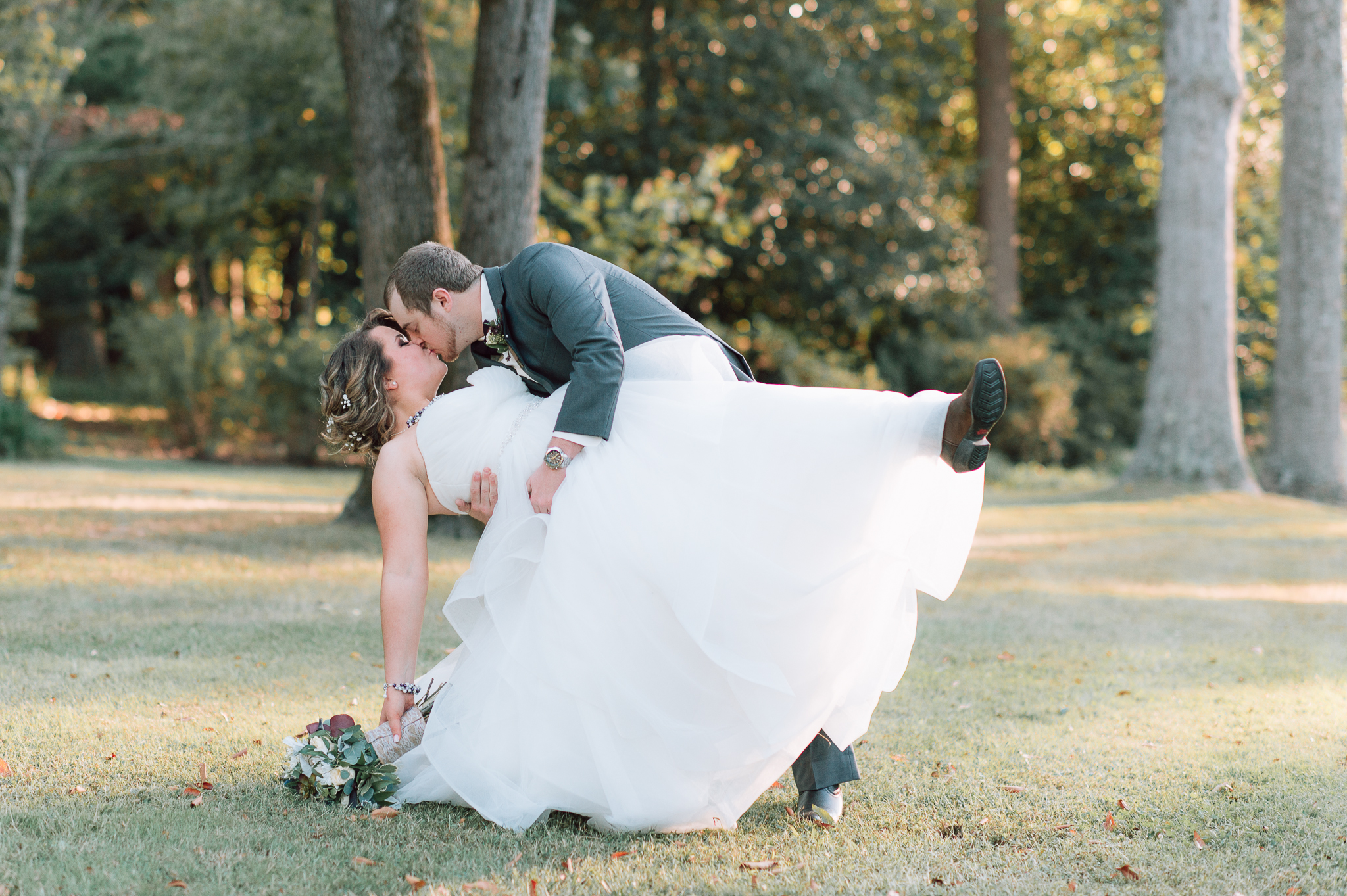 youseephotography_virginiawedding_fall_WallaceManor_EmilyCody (85).jpg