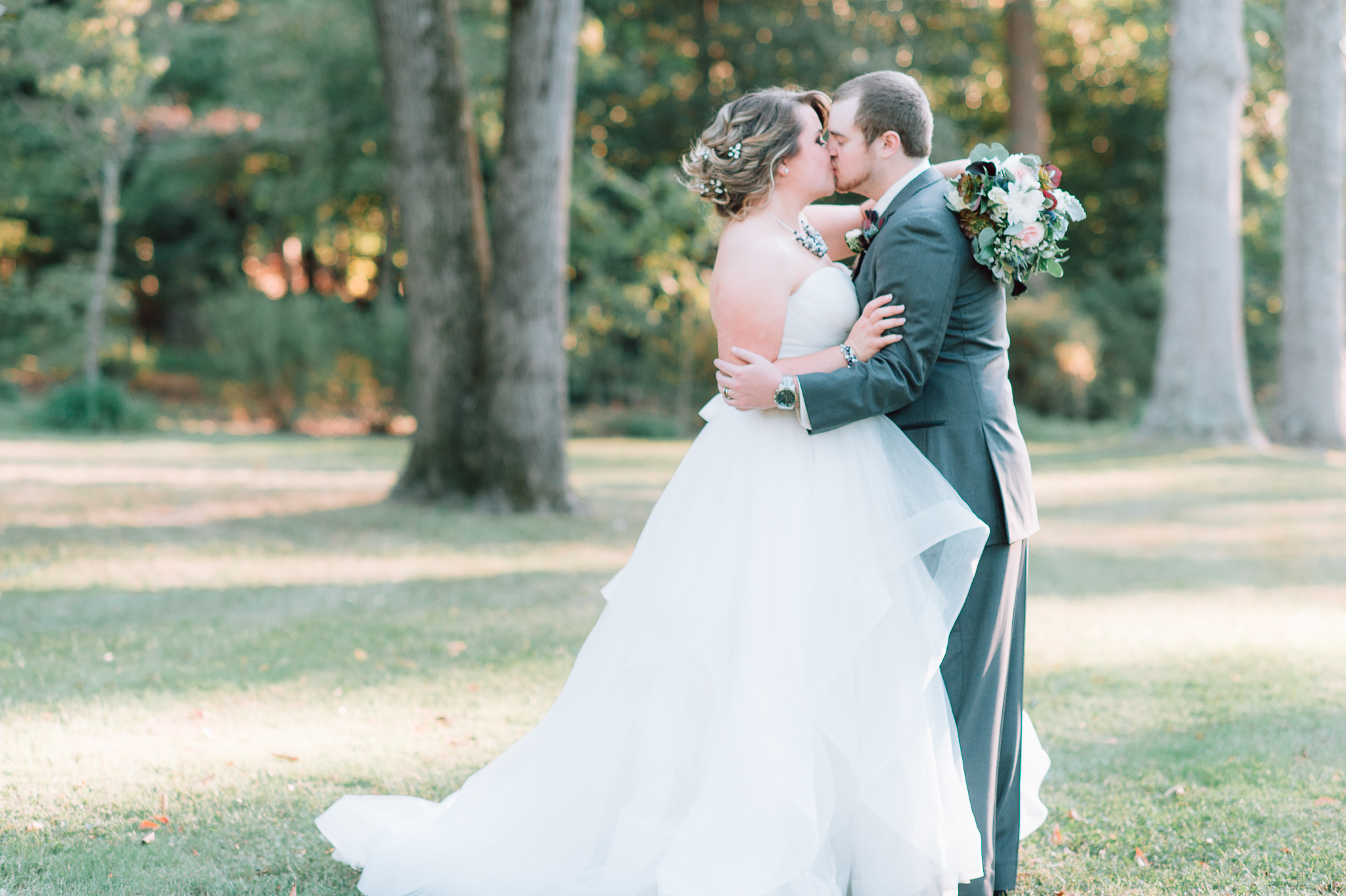 youseephotography_virginiawedding_fall_WallaceManor_EmilyCody (91).jpg