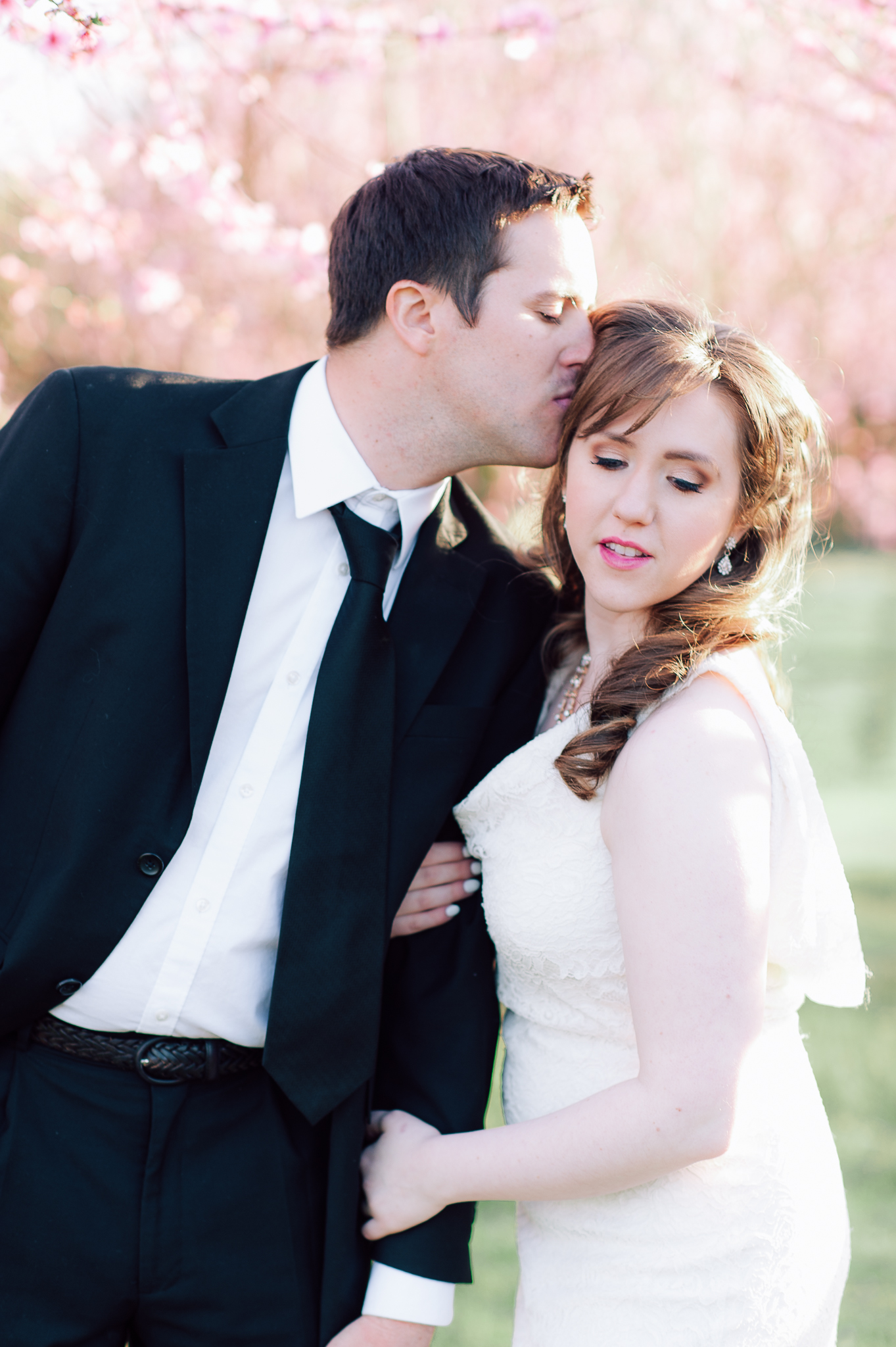springwedding_cherryblossoms_virginiaphotographer_youseephotography_styledshoot (560).jpg