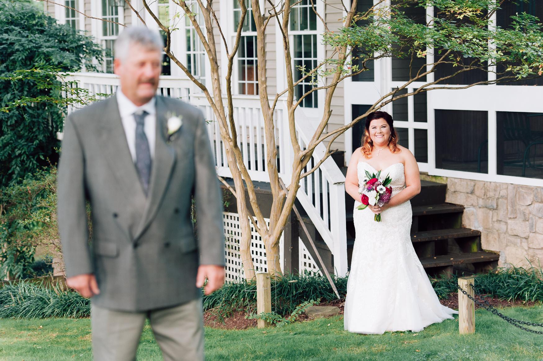 virginiawedding_GlenGarden_rusticwedding_fredericksburg_youseephotography_KellySteven (17).jpg