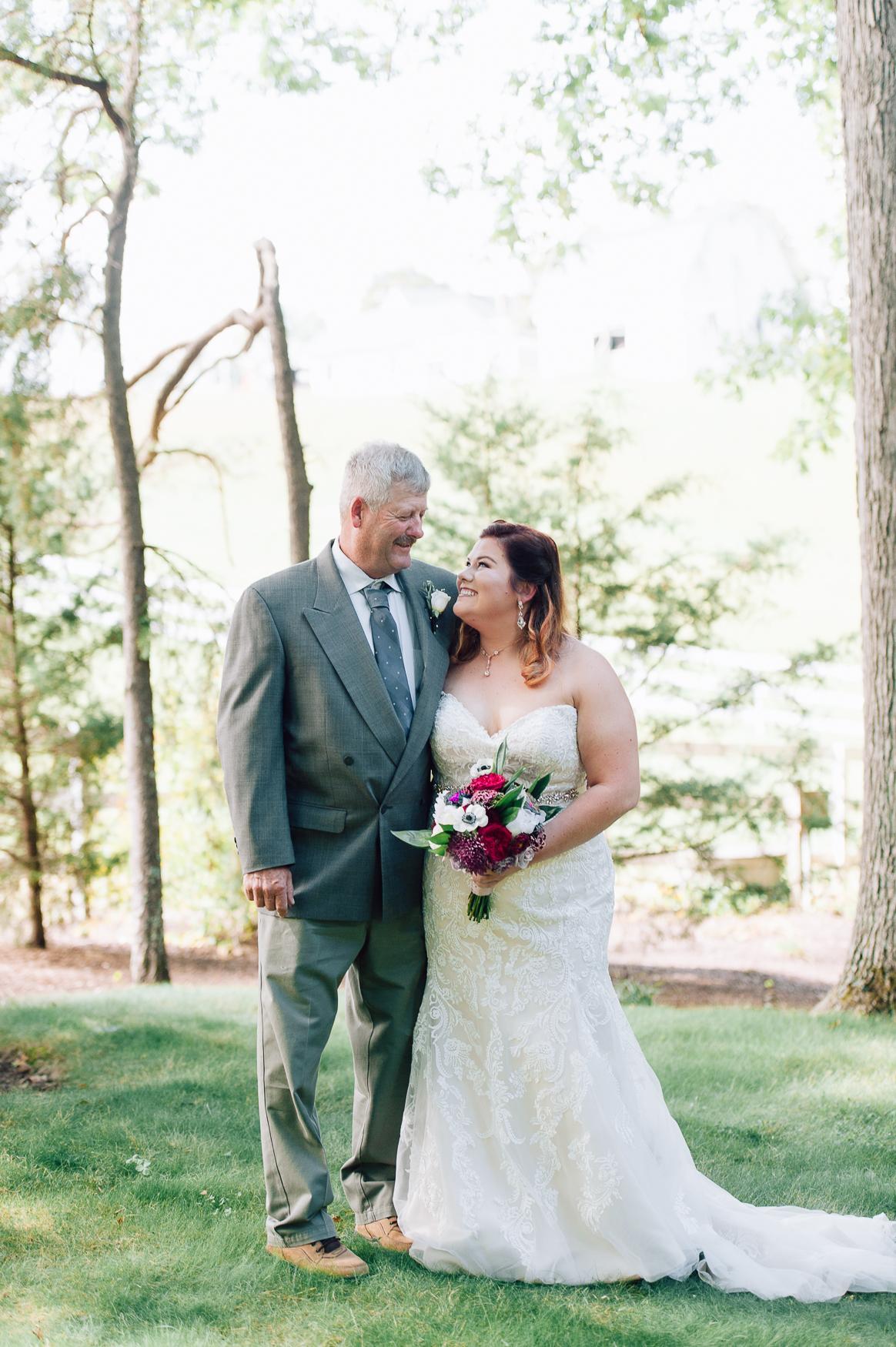virginiawedding_GlenGarden_rusticwedding_fredericksburg_youseephotography_KellySteven (23).jpg