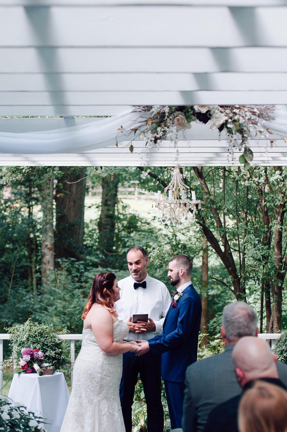 virginiawedding_GlenGarden_rusticwedding_fredericksburg_youseephotography_KellySteven (34).jpg