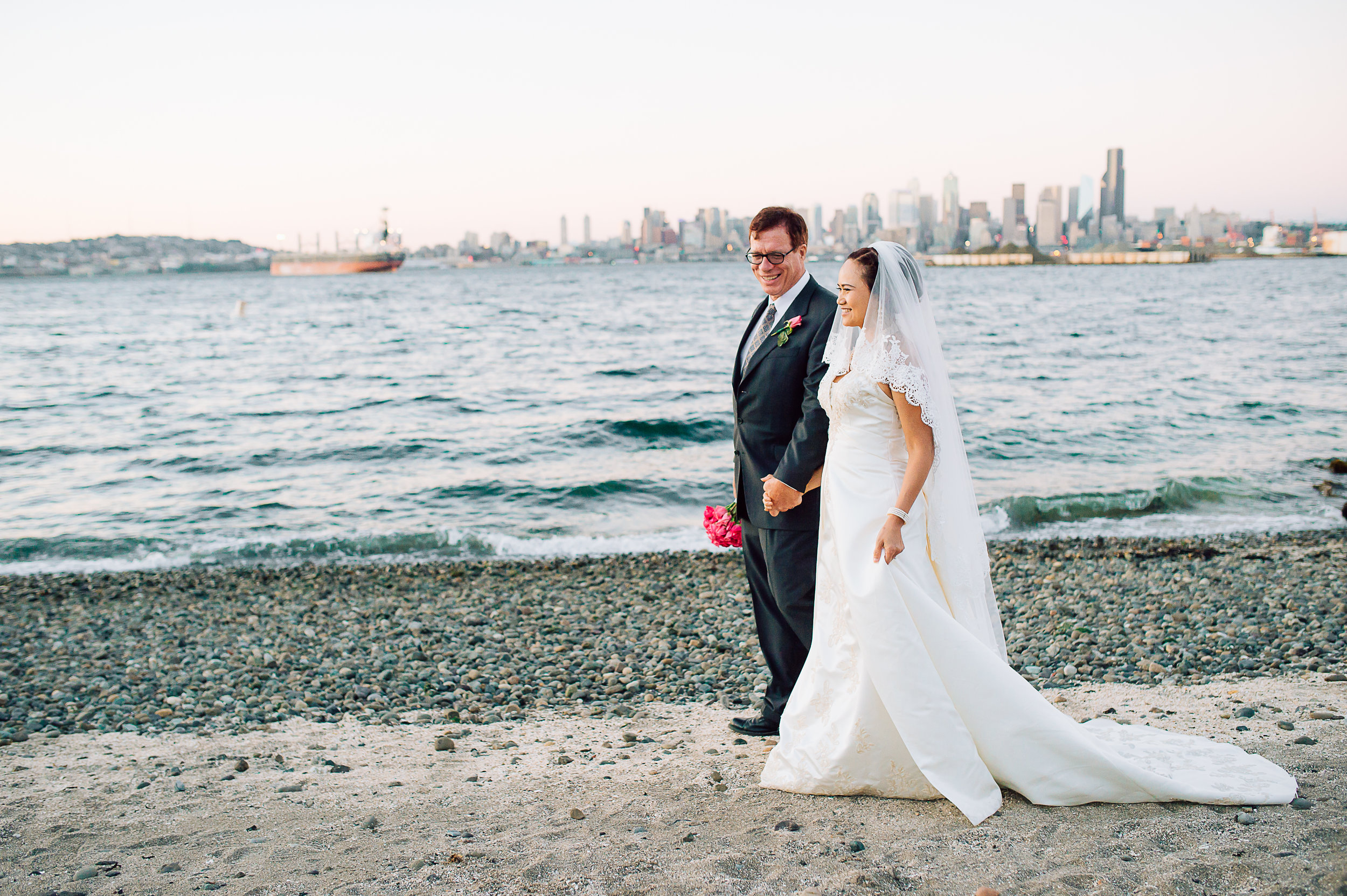 destinationwedding_Seattle_virginiaphotographer_youseephotography_LidiaOtto (743).jpg