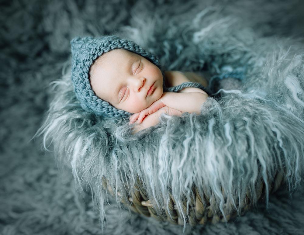 newborn_fredericksburgphotographer_youseephotography_babyNicko (28).JPG