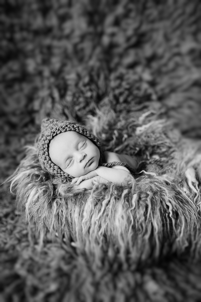 newborn_fredericksburgphotographer_youseephotography_babyNicko (29).JPG