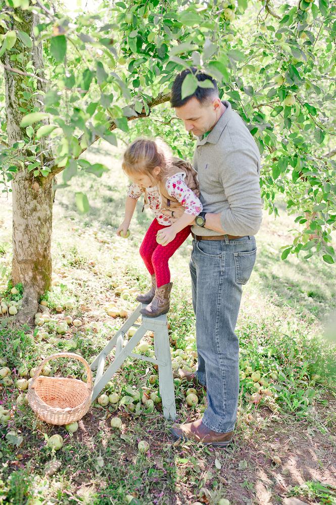 FamilyPhotos_FredericksburgPhotographer_youseephotography_JoyFamily (19).jpg