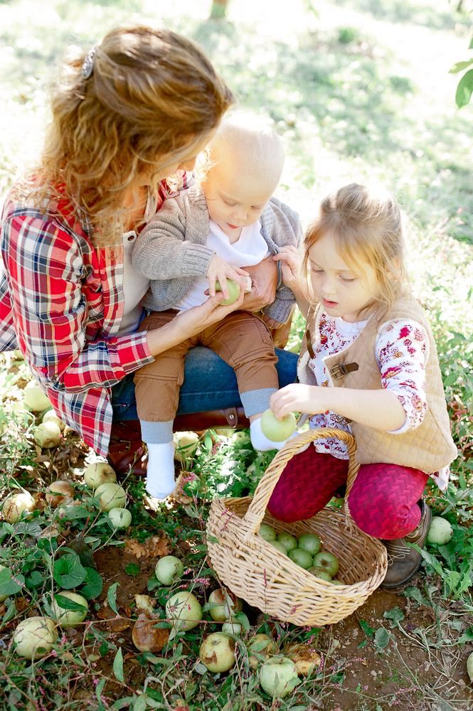 FamilyPhotos_FredericksburgPhotographer_youseephotography_JoyFamily (24).jpg