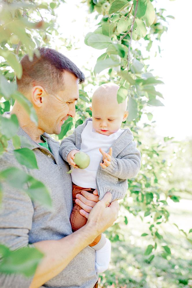 FamilyPhotos_FredericksburgPhotographer_youseephotography_JoyFamily (32).jpg