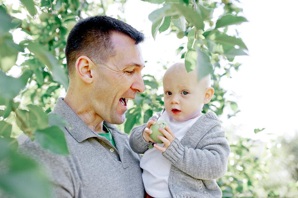 FamilyPhotos_FredericksburgPhotographer_youseephotography_JoyFamily (33).jpg