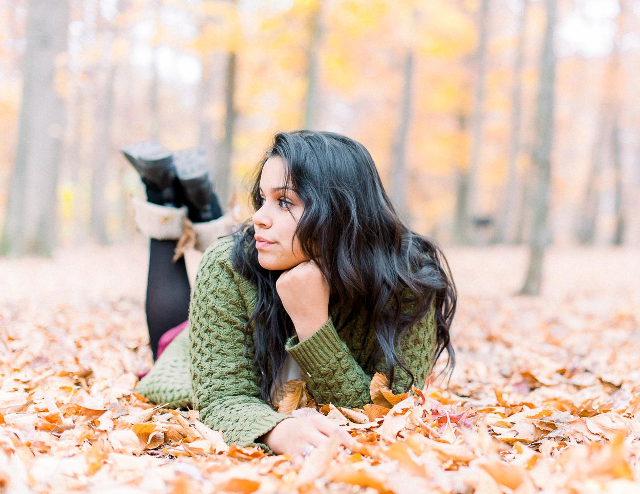 seniorphotos_fall_fredericksburgphotographer_virginia_youseephotography_ashley (14).JPG