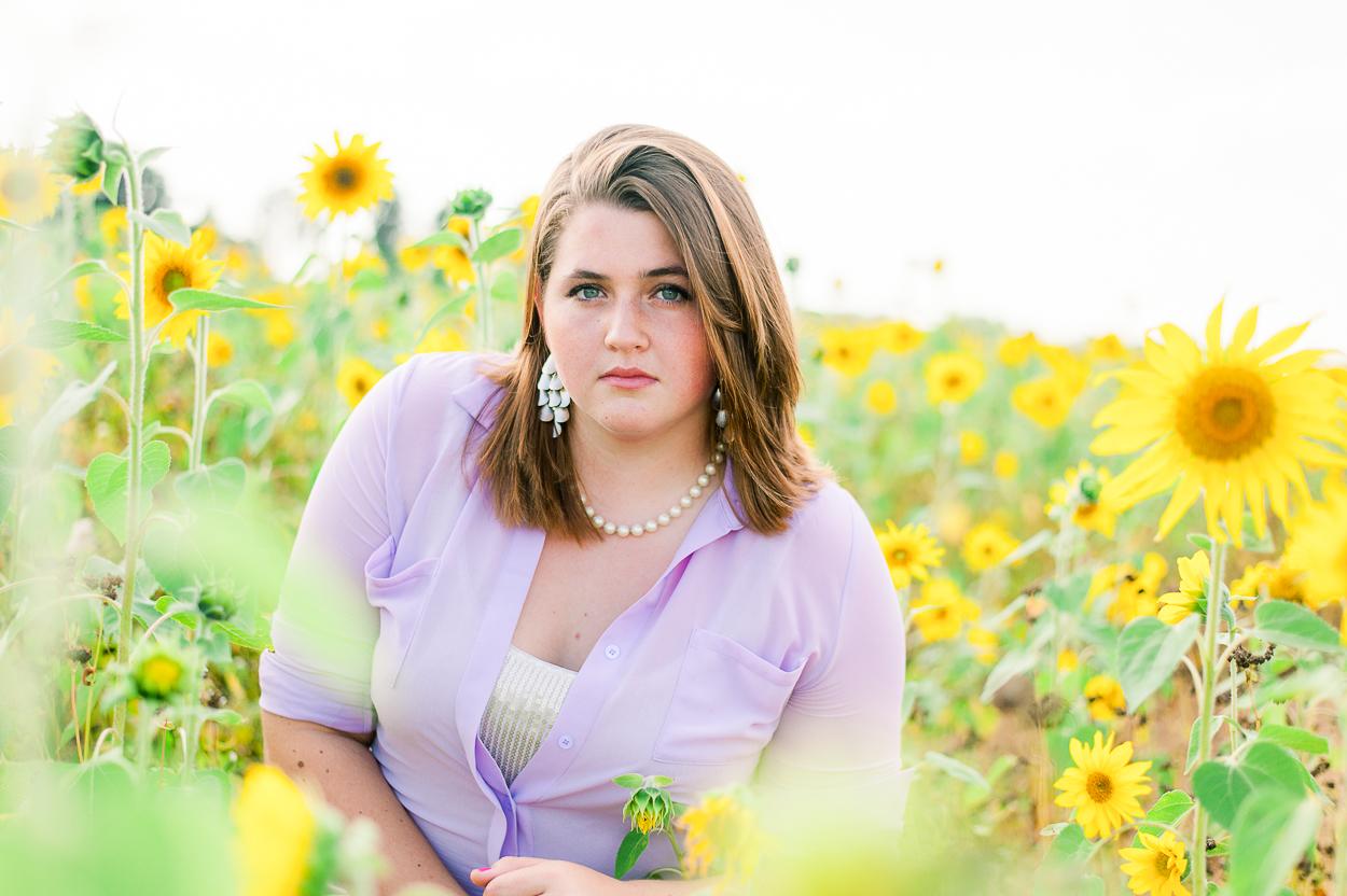 seniorphotos_fall_sunflowers_fredericksburgphotographer_virginia_youseephotography_Jill (7).JPG