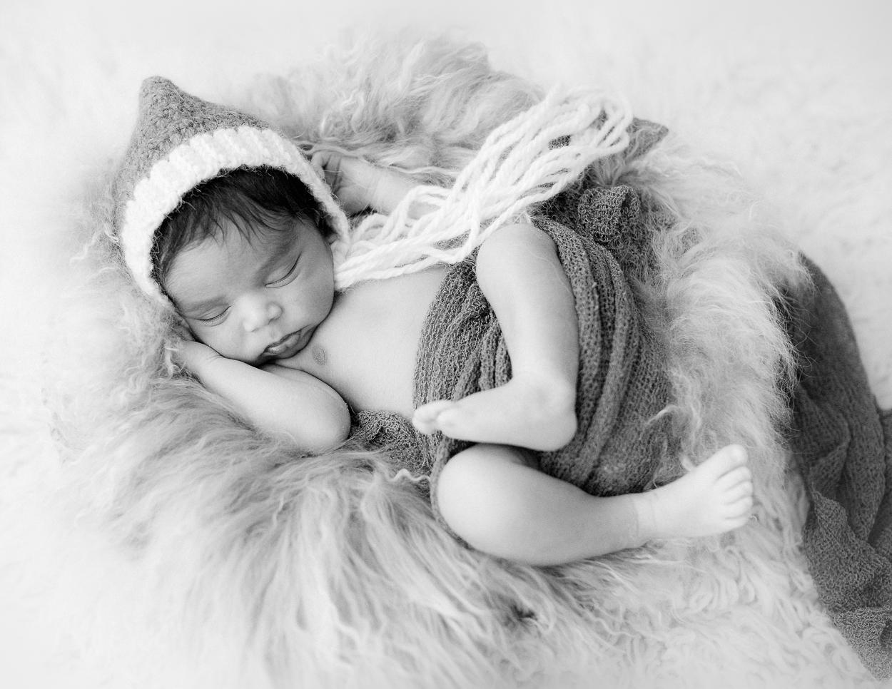 newborn_virginiaphotographer_fredericksburgnewborn_Richmondnewborn_youseephotography_babyboyA (26).JPG