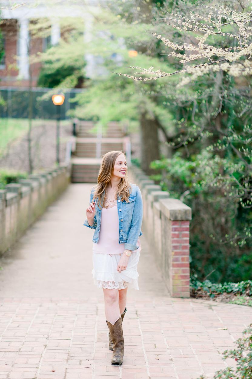 engagement_Spring_UMW_fredericksburg_virginiaweddingphotographer_youseephotography_StephanieThomas (35).JPG
