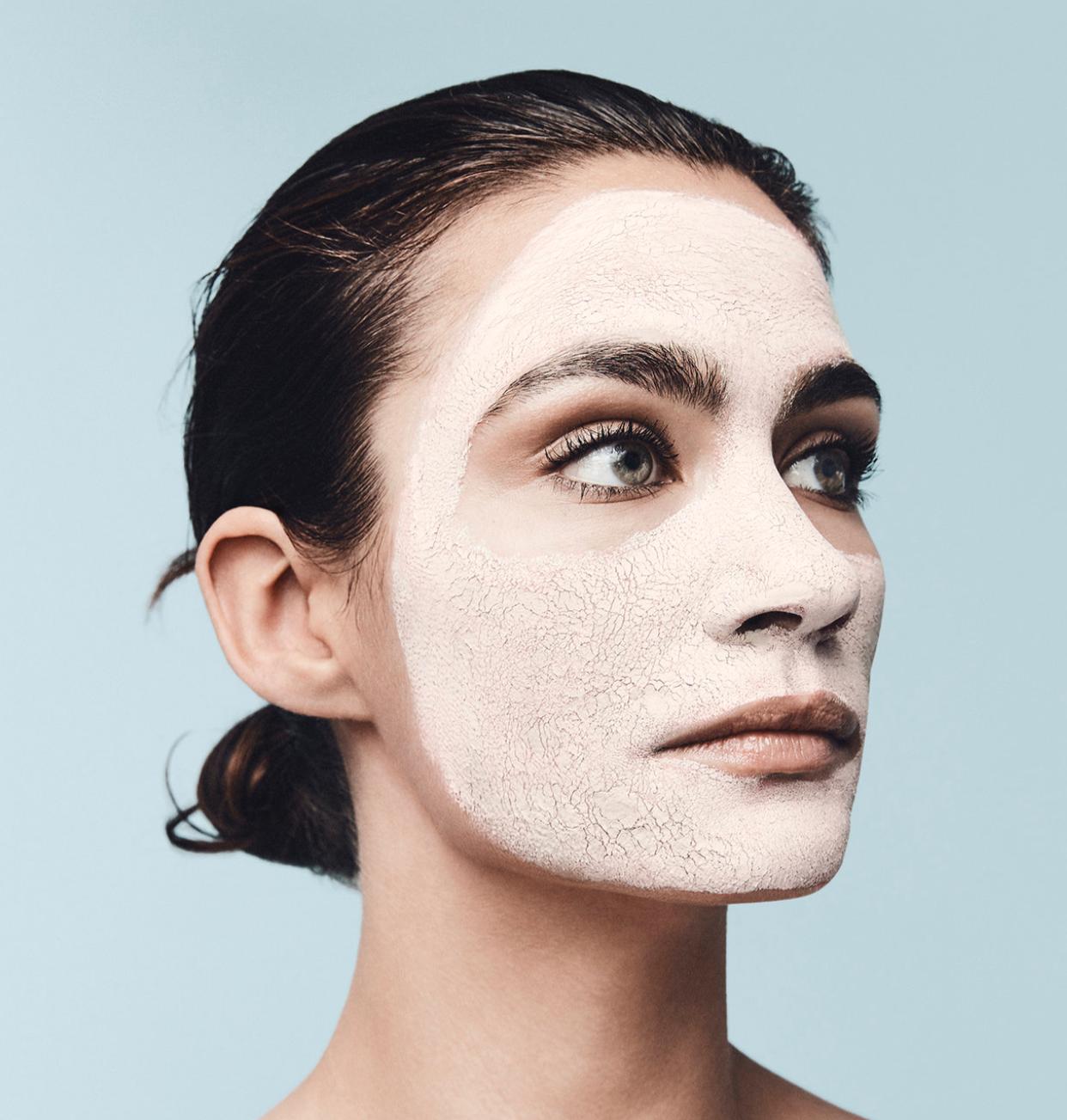 ....Gesichtsbehandlungen..Facial Treatments....