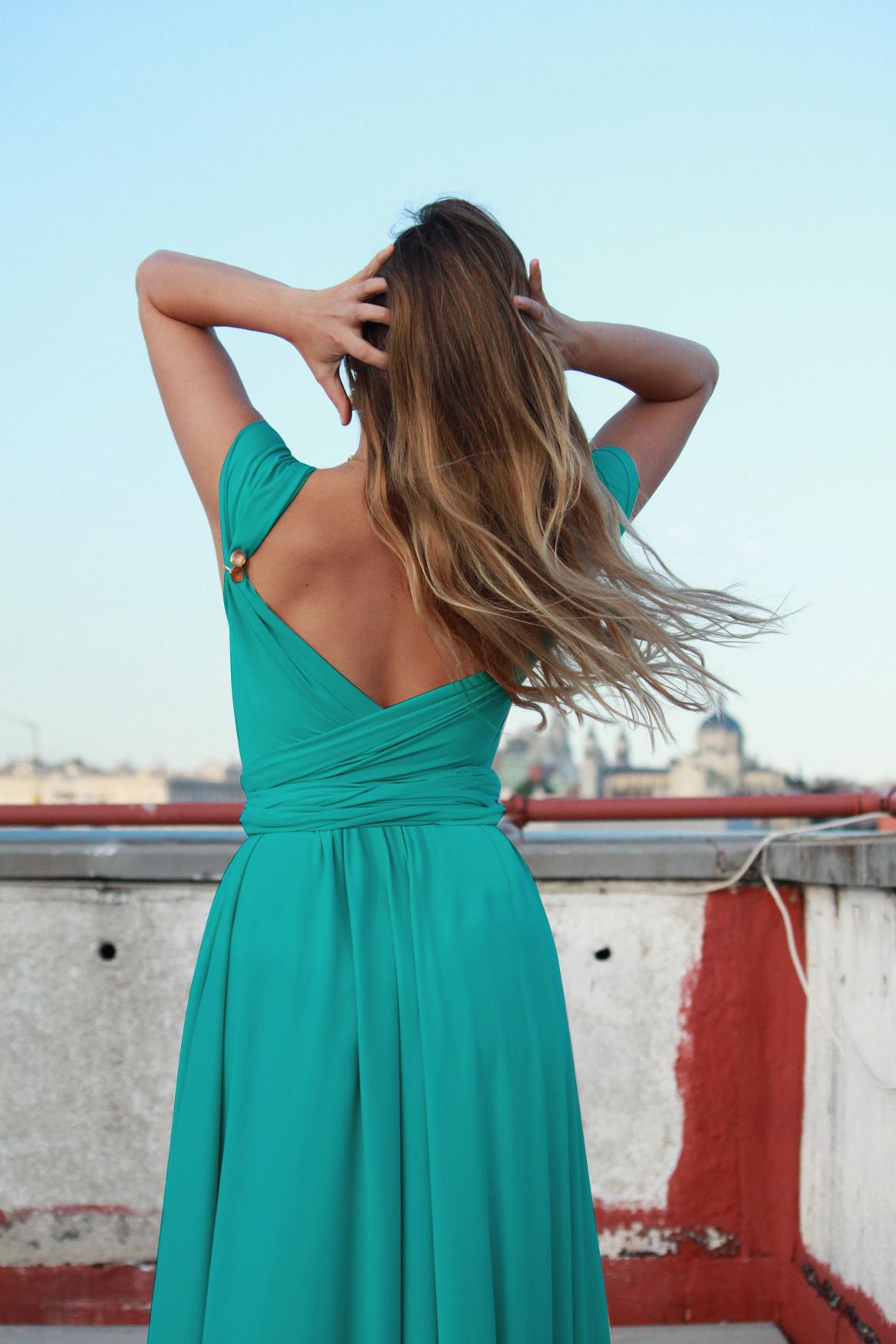 Lolita_Mctisell_turquesa.jpg