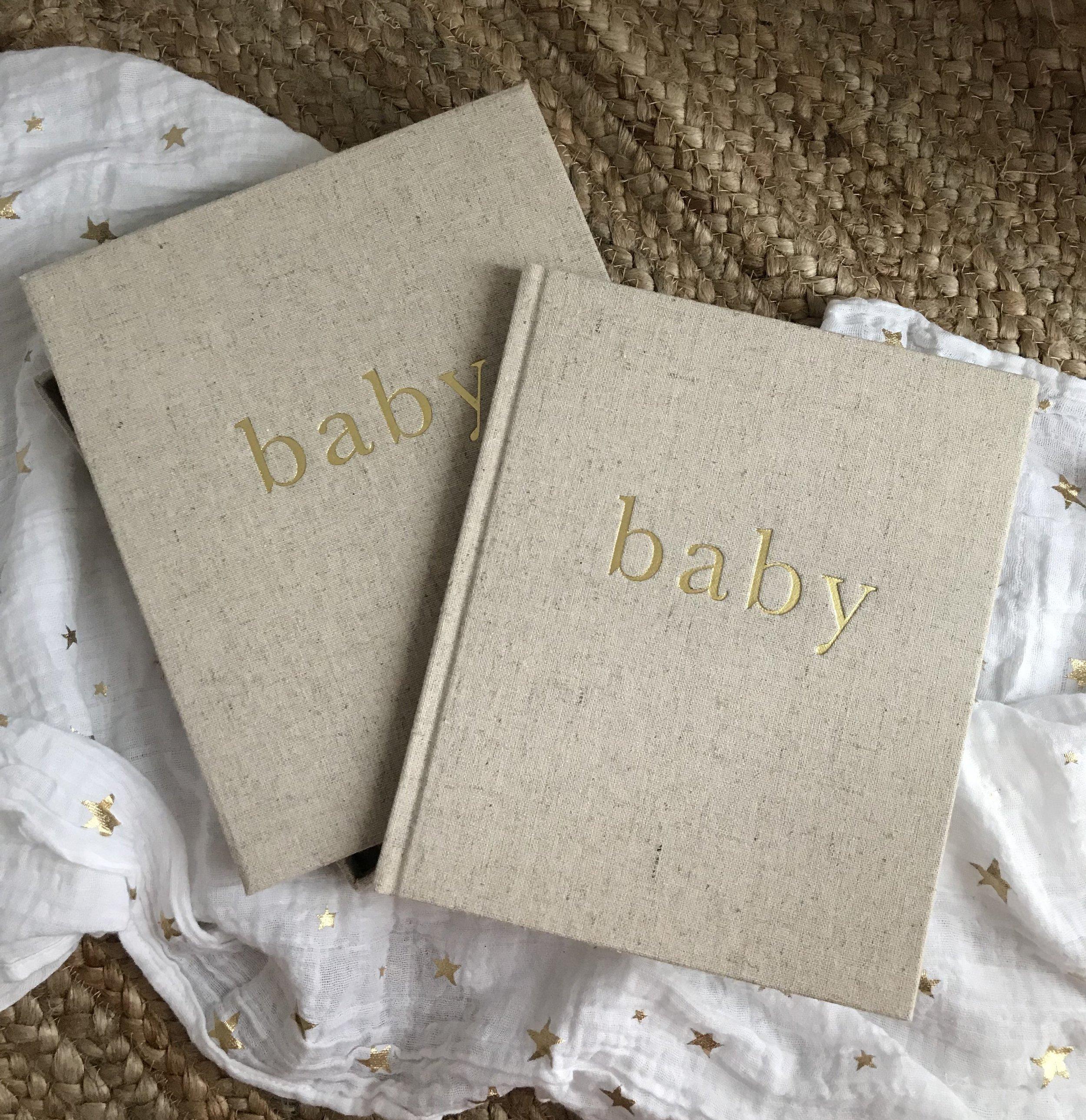 Me compré el Album de bebé de   Write to me   al pasar la revisión de los 3 meses. Pero los tenía fichados desde del día uno. https://writetome.com.au
