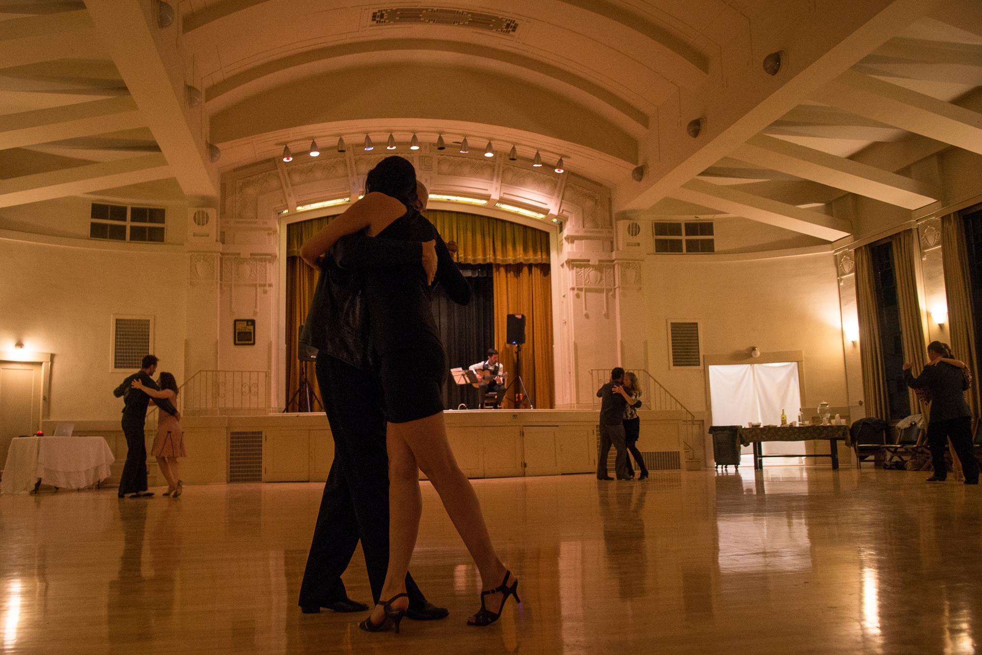 Clubhouse_Tango-60688.jpg