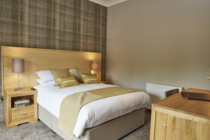 Best Available Rate - from £80 per person