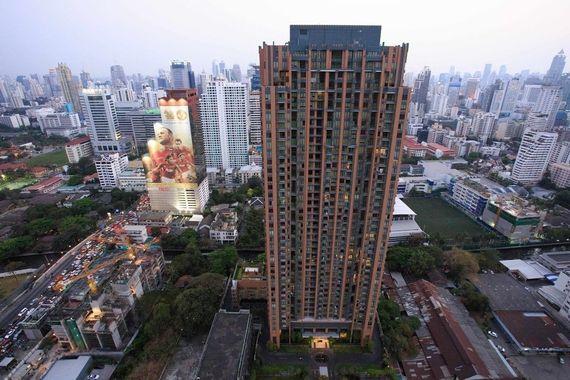 villa-asoke-condo-bangkok-59683c33b8a1bc18bb000025_full.jpg