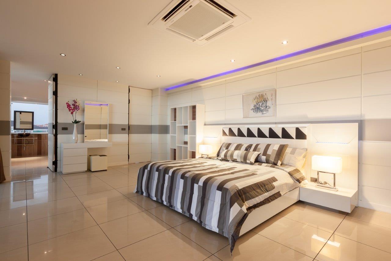 027 - Penthouse-2.jpg