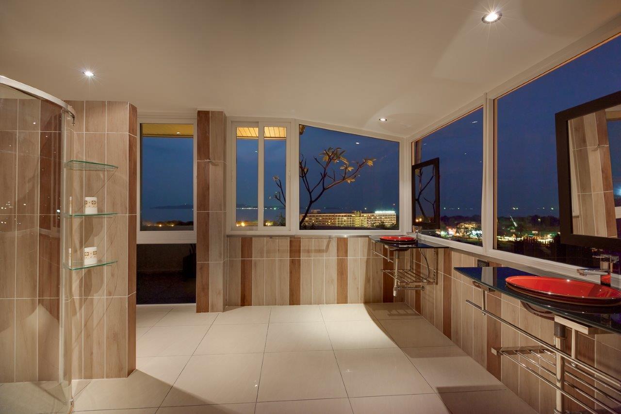 048 - Penthouse-2.jpg