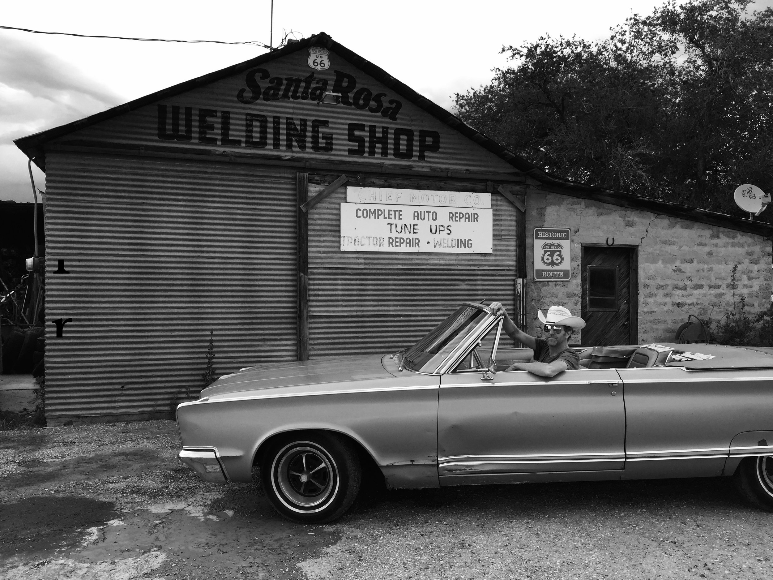 Alden and Chrysler Santa Rosa Welding Rte 66.jpg
