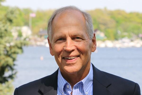 Robert Genetski, Ph.D. Author of Rich Nation, Poor Nation