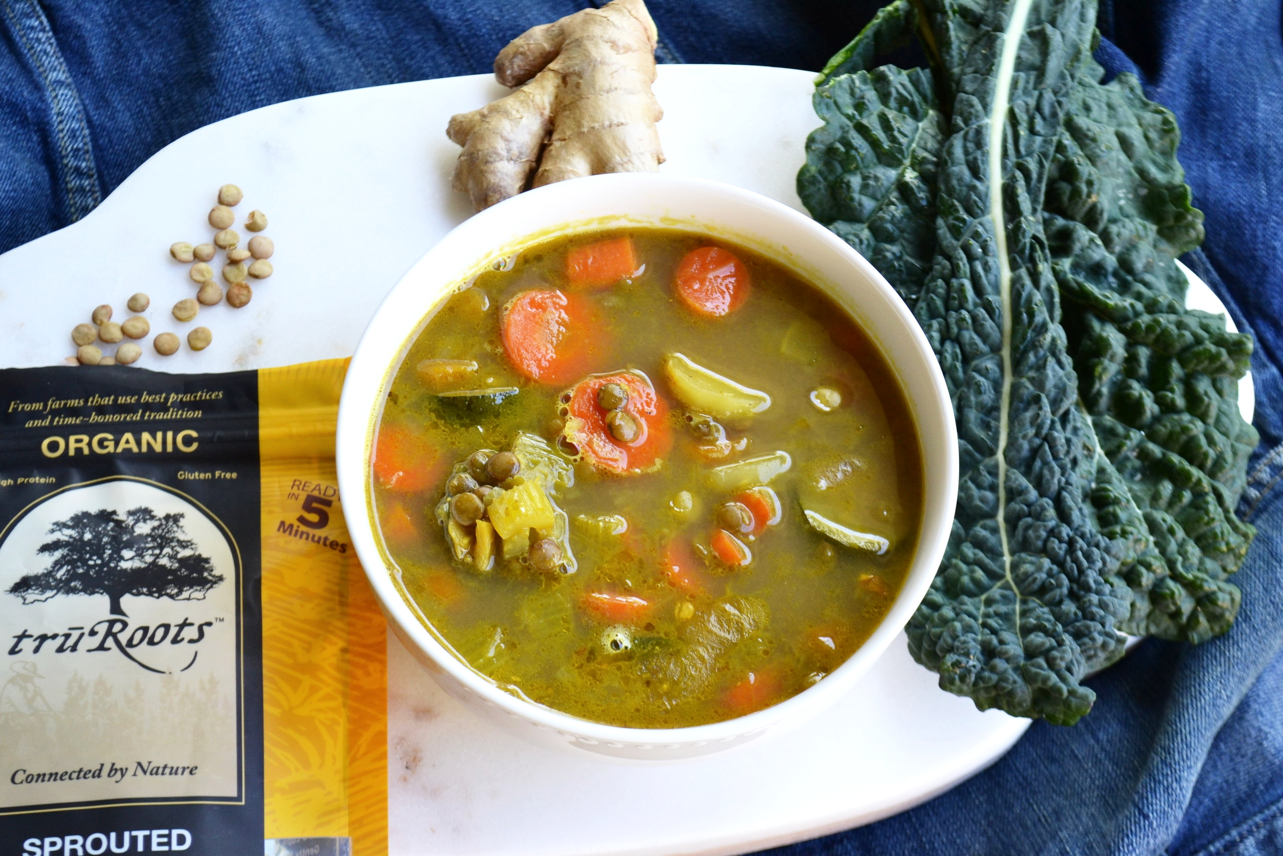 This soup is full of cleansing, nourishing, and immunity boosting ingredients.  Bone broth is packed with collagen, gelatin (YAY GUT HEALTH),glutamine, & endless healing powers.Turmeric & ginger are anti-inflammatory foods that help heal the gut & boost the immune system.  To make this dish 100% vegan, sub organic vegetable broth for organic chicken bone broth.
