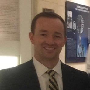 DIRECTOR OF ALUMNI OUTREACH Riley MacGraw Veteran, US Navy