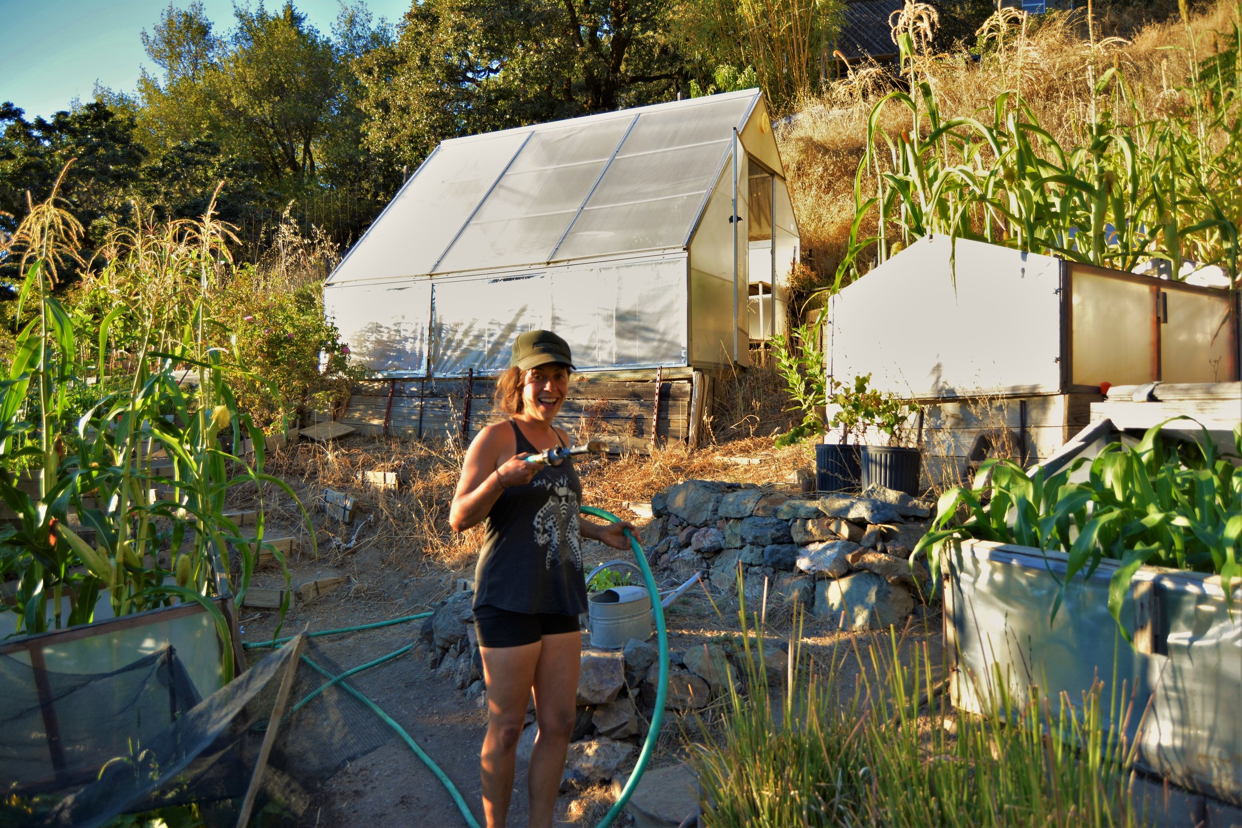Volunteer - A helping hand, or two, is a great way to support our projects.You'll be contributing in a significant way, and you'll gain knowledge and skills at the same time!Our Research and Demonstration Garden is full of opportunities to get your hands dirty, please contact us if you're interested!