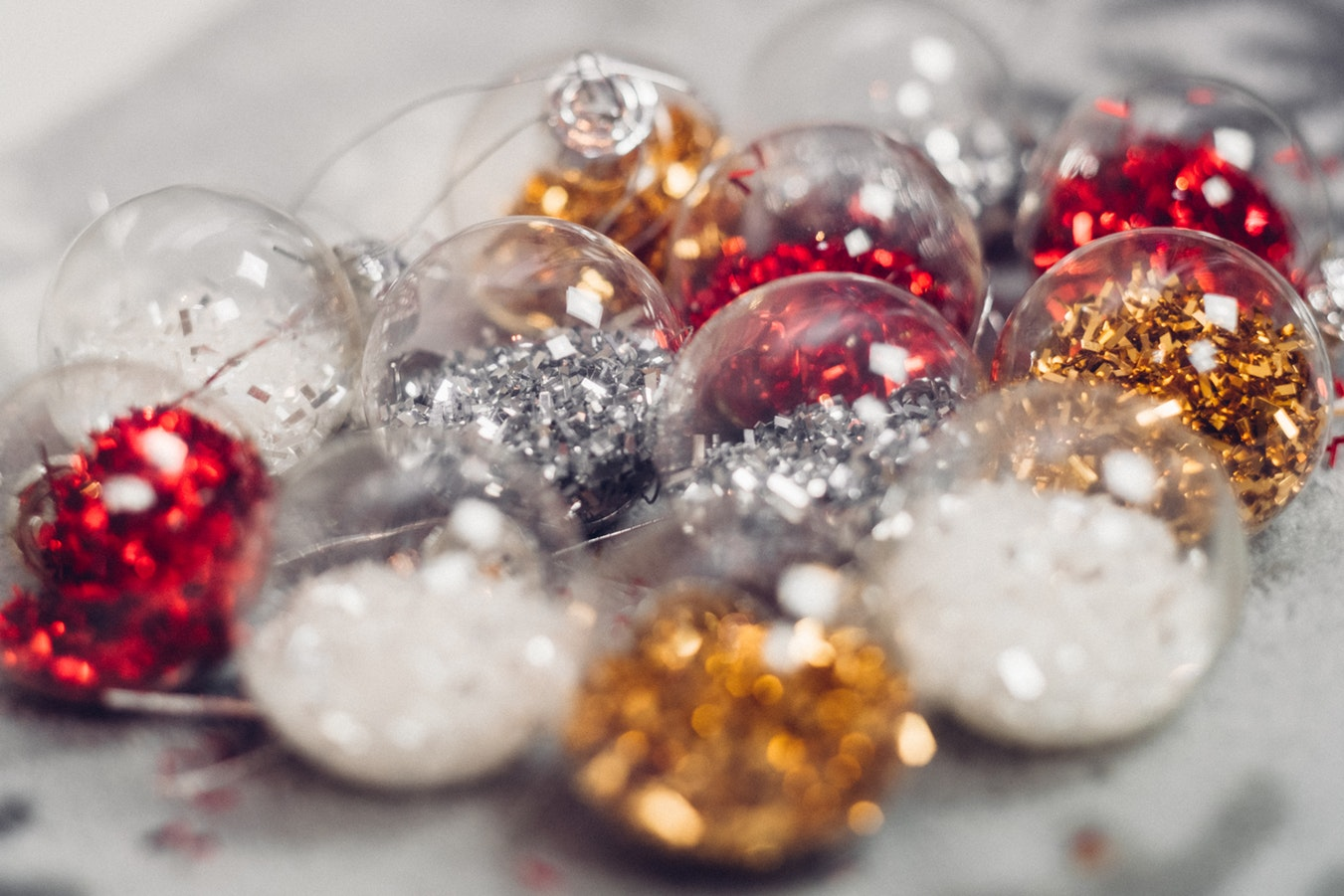 TO OUR SJM CLIENTS, - We hope you all enjoy the Christmas season, and have a very happy New Year!If you have any enquries, get in contact with us, we 'd love to hear from you.Written by Skin Therapist Jess Chapman.