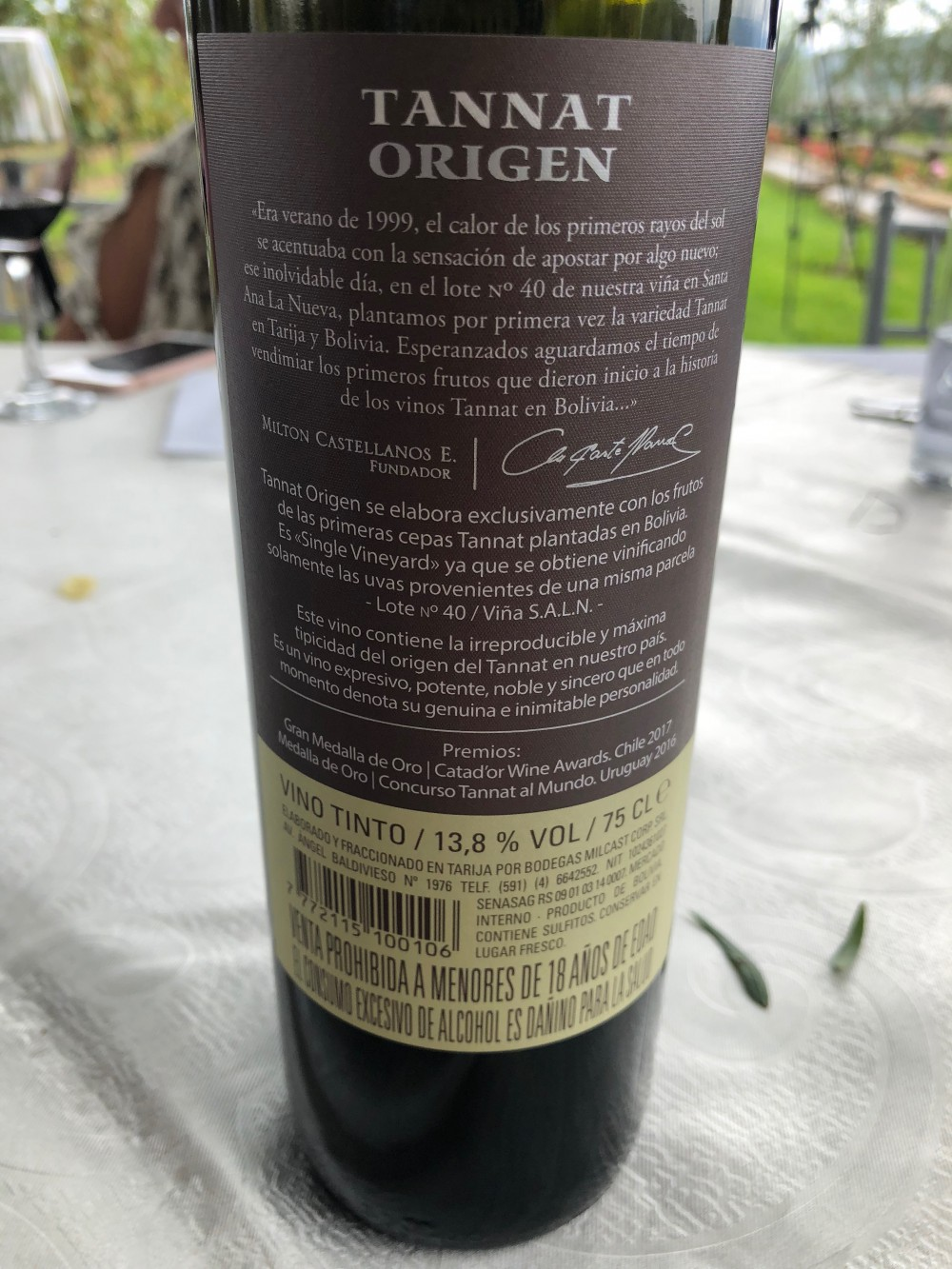 The first Tannat vines planted in Bolivia are celebrated in this Single Vineyard Tannat from Aranjuez, located in Tarija, Bolivia.