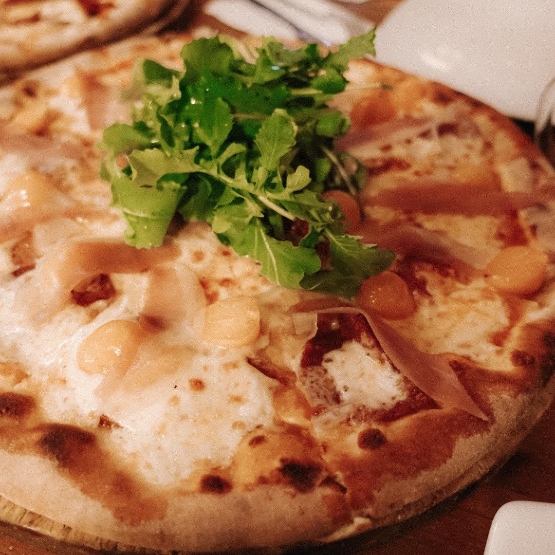 Pizza and La Bodega 138