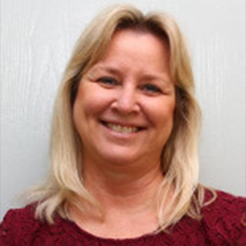 Lisa Bretches, PNP   -   Enfermera Practicante Certificada por la Junta y   Consultor de Lactancia   Lisa Bretches es una enfemera de práctica avanzada certificada y consultor de lactancia.  Sra. Bretches tiene mucos añons de experiencia como enfermera registrada, educadora, y consultor de lactancia. Ella se unió a nosotros en Santiago Pediatrics en 2012.