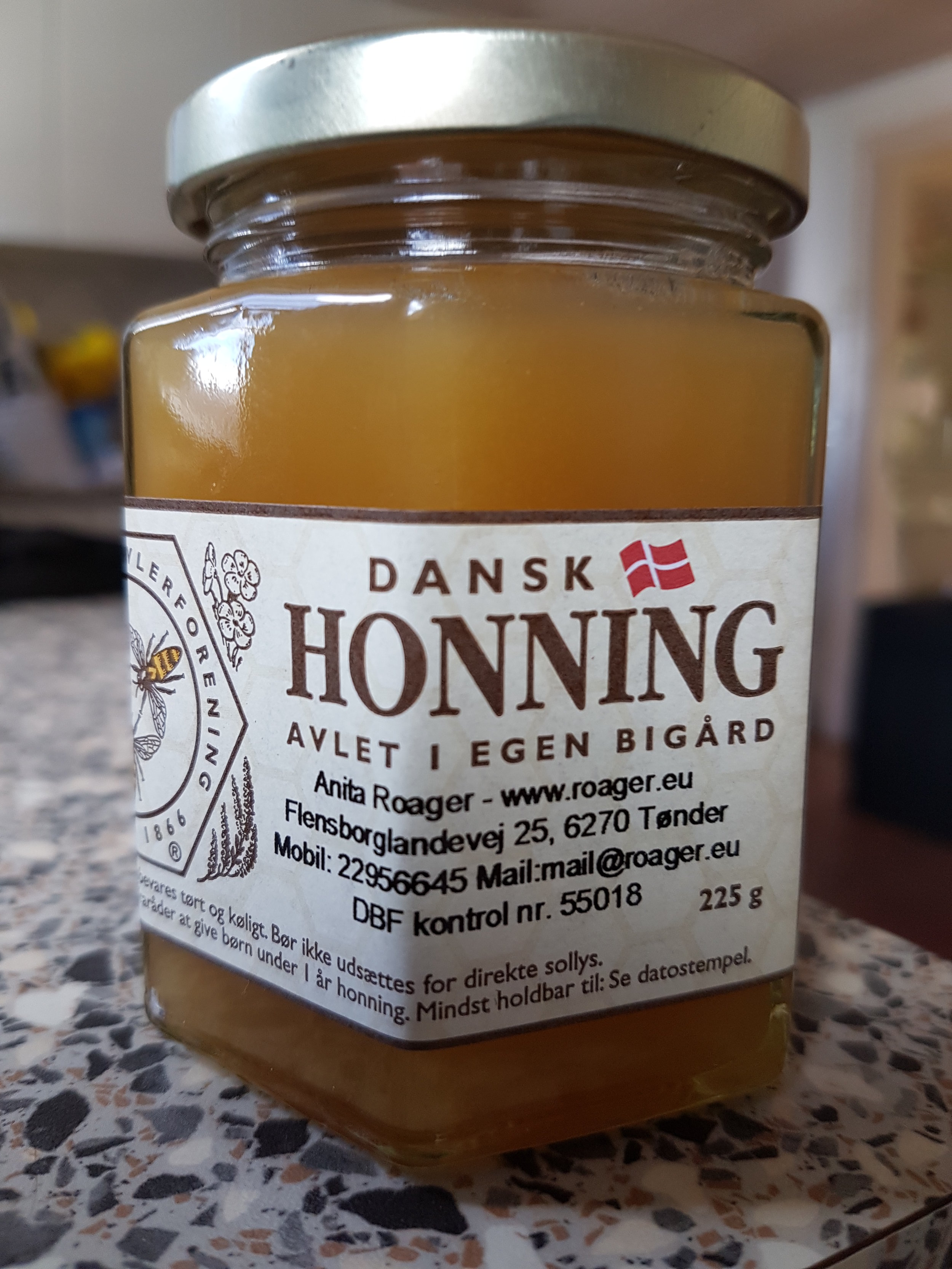 Honning 225 gram (6 kantet glas)