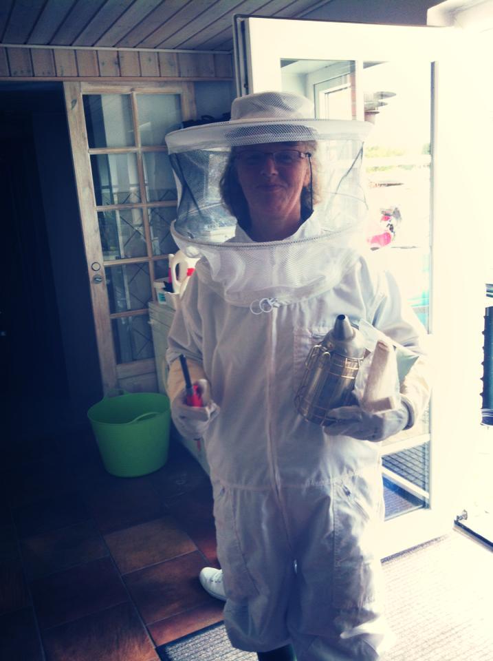 Anita klar til at gå i bierne.