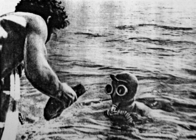 SOVIET 'FROGMEN' DIVING INTO THE DEPTHS OF LAKE ISSYK-KUL
