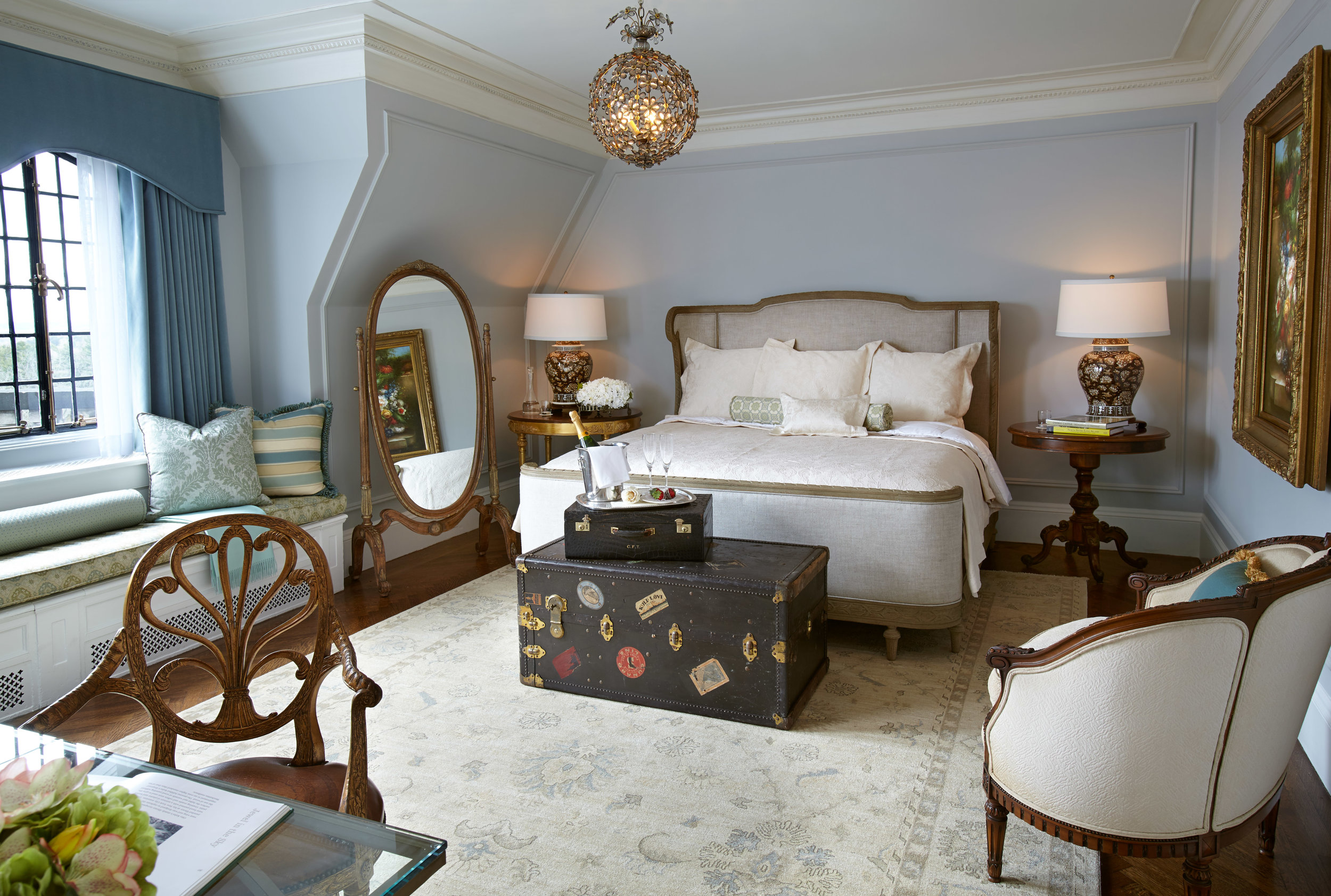 Nancy Melius - OHEKA CASTLE Guestroom - Mill Neck Manor Designers' Showcase.JPG