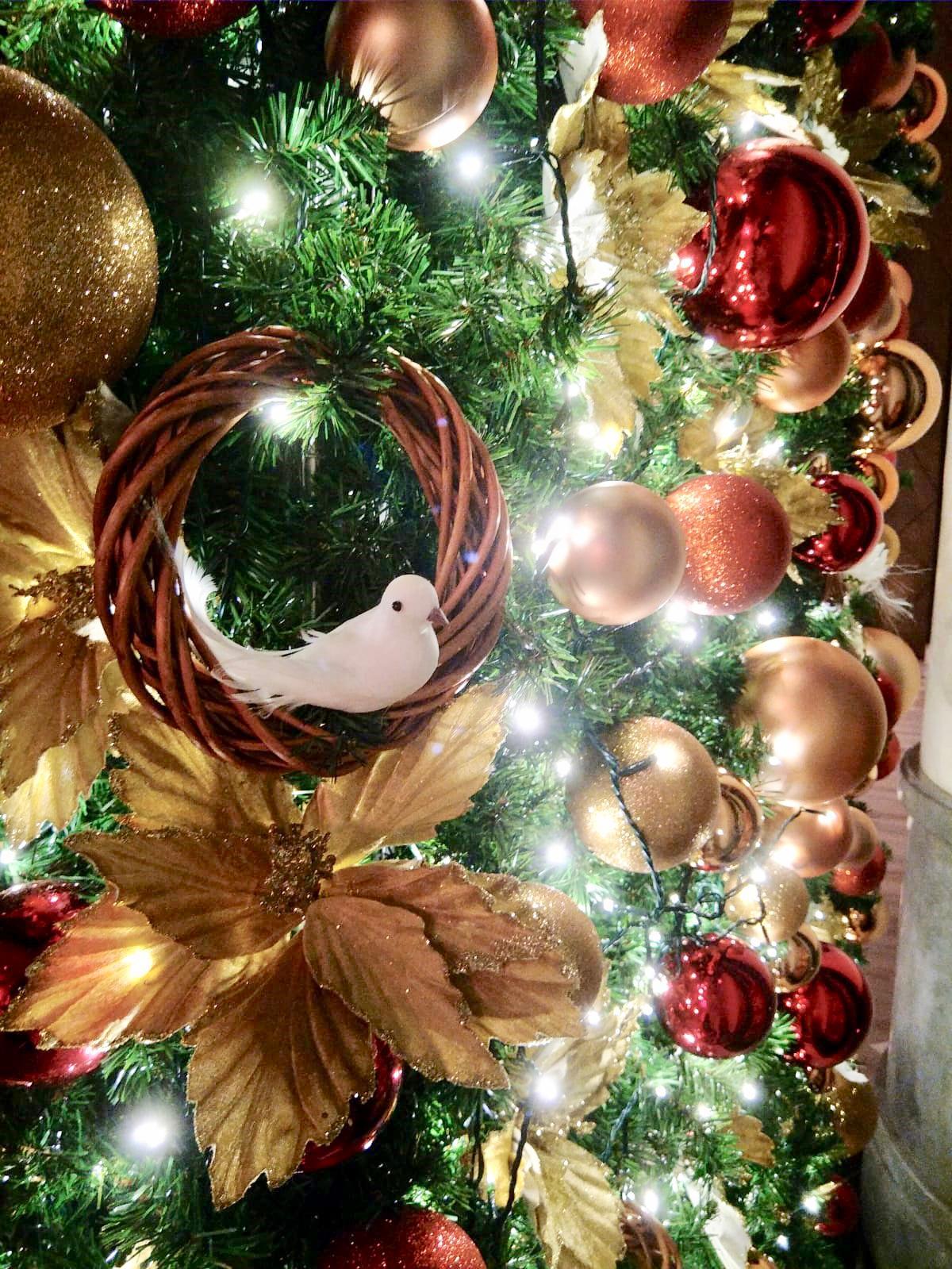 Christmas Décor -