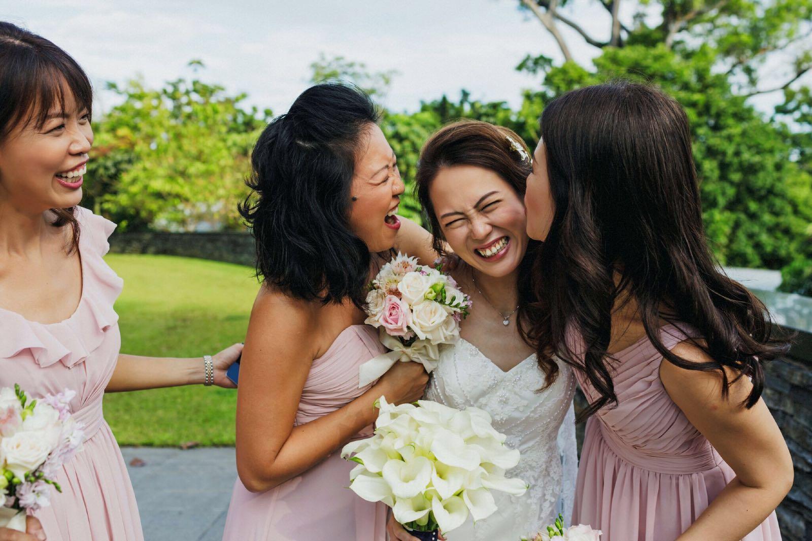 Weihwa & Bridesmaids 2.jpg