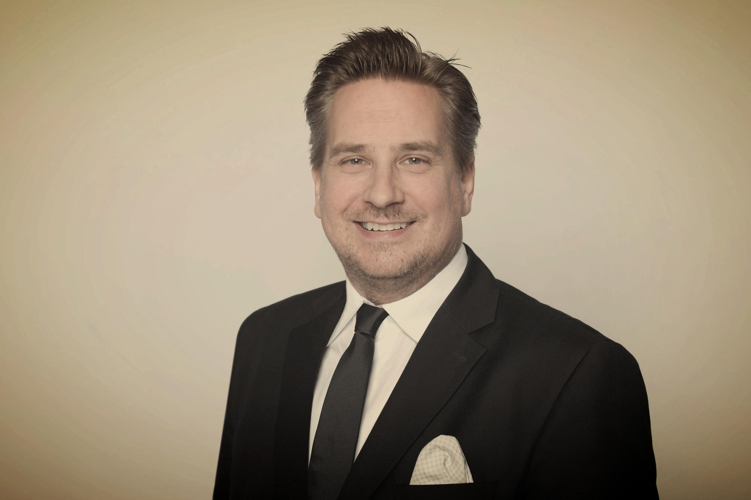 Dr. iur.Christian R. Rossmann - PartnerSwiss Tax & Immigration LawyerDr. iur., M.C.L., LL.M.Eur., EMBA, AdvPgDipBA